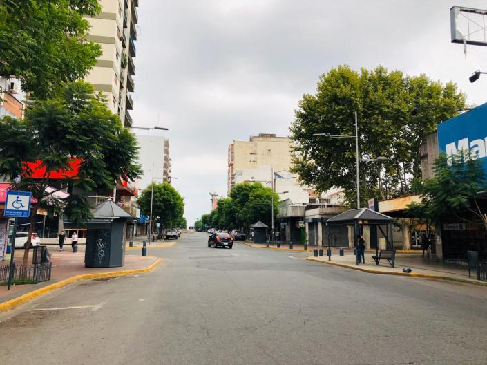 Centro comercial de San Miguel (Perón y Rodríguez Peña)